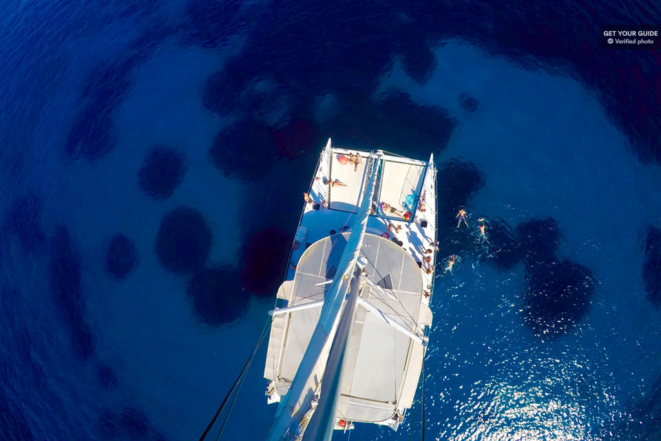 https://the-place-to-be.fr/wp-content/uploads/2019/02/croisiere-calanque-levantin-catamaran.jpg