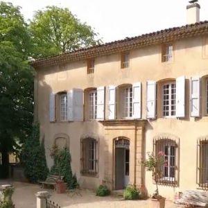 https://the-place-to-be.fr/wp-content/uploads/2019/03/Château-Barbebelle-rognes-festival-des-vignes-2019.jpg