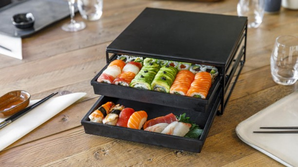 https://the-place-to-be.fr/wp-content/uploads/2019/05/restaurant-enjoy-sushi-bouc-bel-air-marseille.jpg