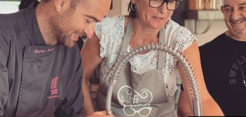 https://the-place-to-be.fr/wp-content/uploads/2019/08/atelier-culinaire-cours-cuisine-bio-marseille-aix-fuveau.jpg