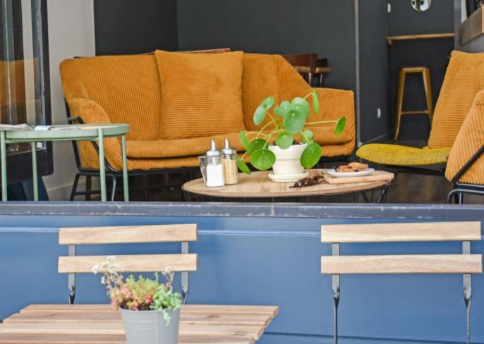 terrasse du coffee shop chez albert à la rochelle