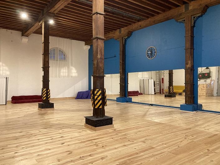 la salle des cours de danse et fitness de deep move langon