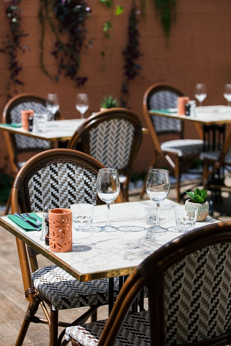 terrasse du bistrot brasserie restaurant le comptoir de bègles à bègles en gironde