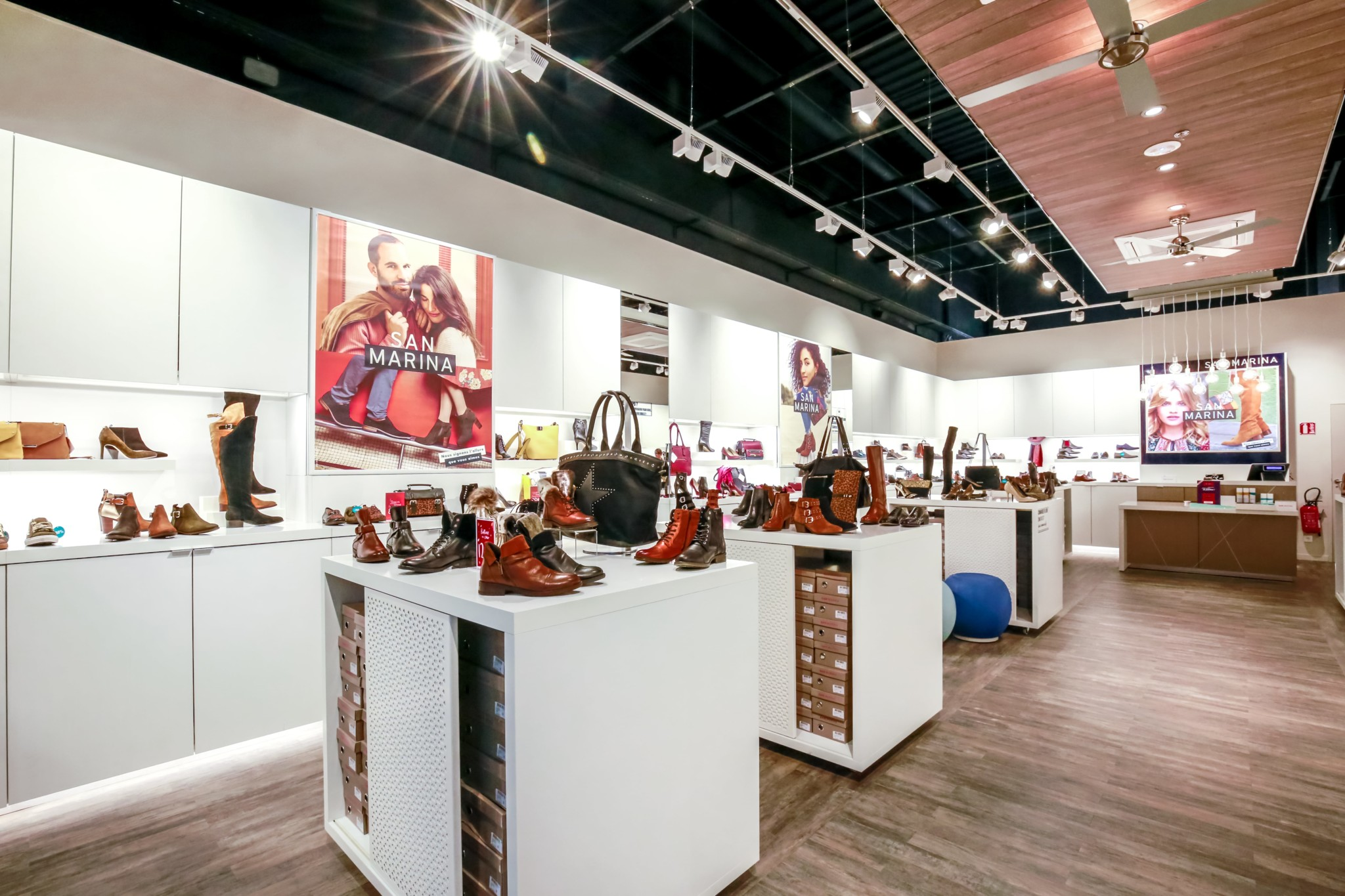 https://the-place-to-be.fr/wp-content/uploads/2020/12/boutique-chaussures-san-marina-promotion-soldes-bonplan-806f514d.jpg
