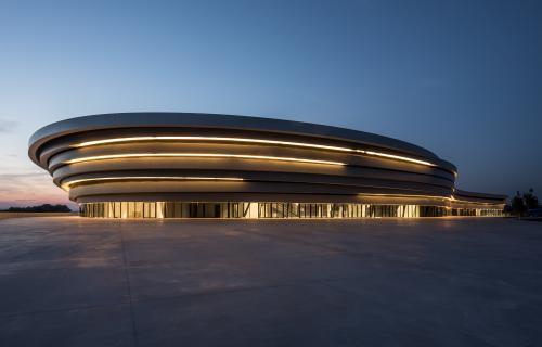 https://the-place-to-be.fr/wp-content/uploads/2020/12/programmation-spectacles-concert-saison-2021-arena-daix-aix-en-provence-0bd81bcc.jpg