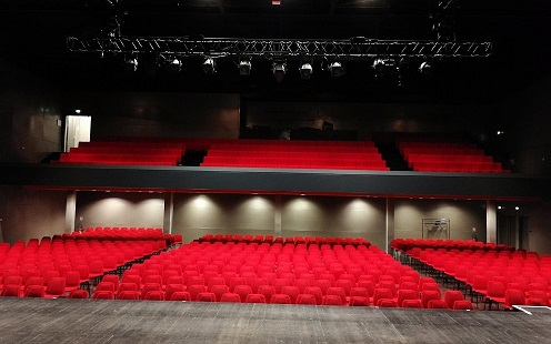 https://the-place-to-be.fr/wp-content/uploads/2020/12/programme-spectacle-2021-salle-etoile-chateaurenard-70f23fcd.jpg