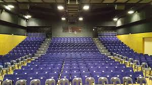 https://the-place-to-be.fr/wp-content/uploads/2020/12/salle-spectacle-espace-2-rives-ambes-pres-bordeaux-programmation-saison-2021-6d1fb437.jpg
