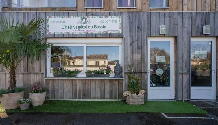 https://the-place-to-be.fr/wp-content/uploads/2021/03/lhair-vegetal-du-bassin-un-temps-pour-voyager-institut-beaute-coiffeur-gujan-mestras-bassin-arcachon-c2e0ce77.jpg