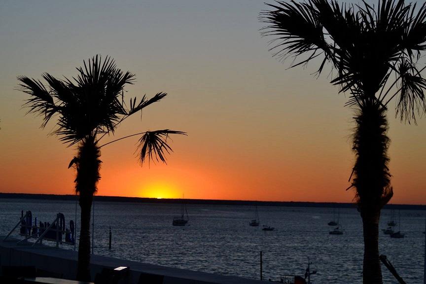 apero coucher soleil restaurant bar les terrasses du port arcachon