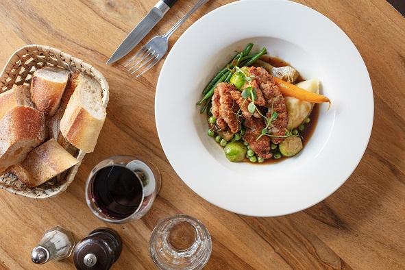 https://the-place-to-be.fr/wp-content/uploads/2021/05/viande-servi-restaurant-comptoir-de-begles-bordeaux-966aa08e.jpg