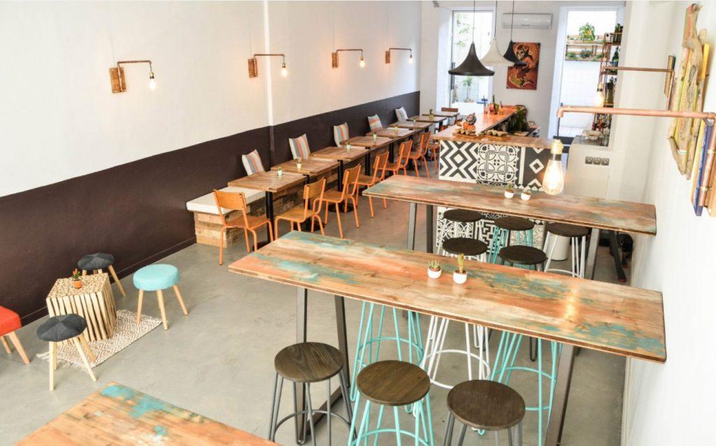 déco intérieur du restaurant de tacos et méxicain Taqueria Loka à Marseille